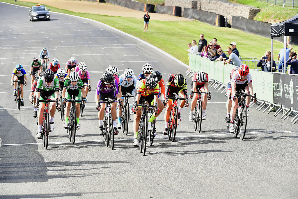 Brands Hatch Girls U16 finish