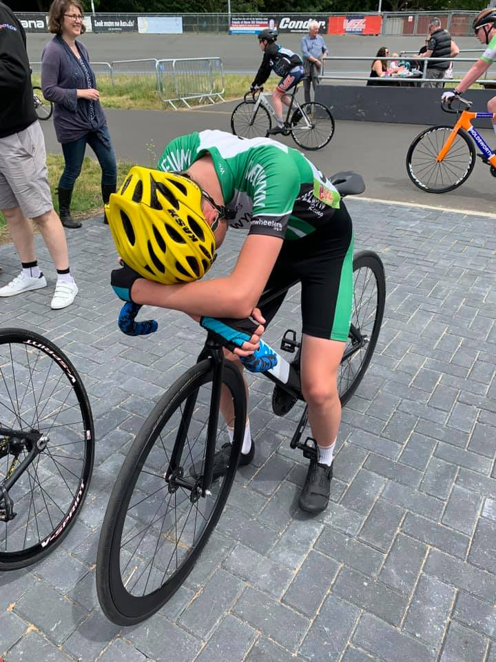 Calum leaves it all on the Herne Hill track