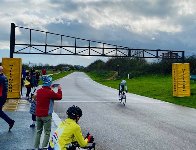 Leon wins at Hillingdon